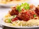 Рецепта Спагети с кюфтета и доматен сок